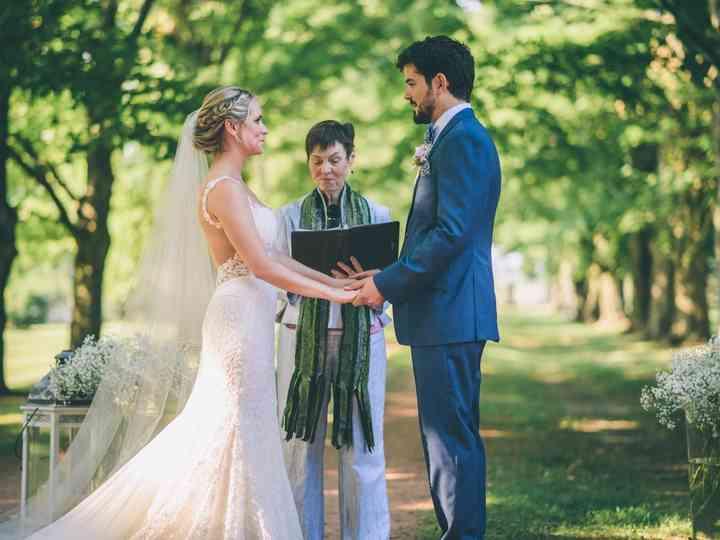 Planning A Seaside Wedding Ceremony