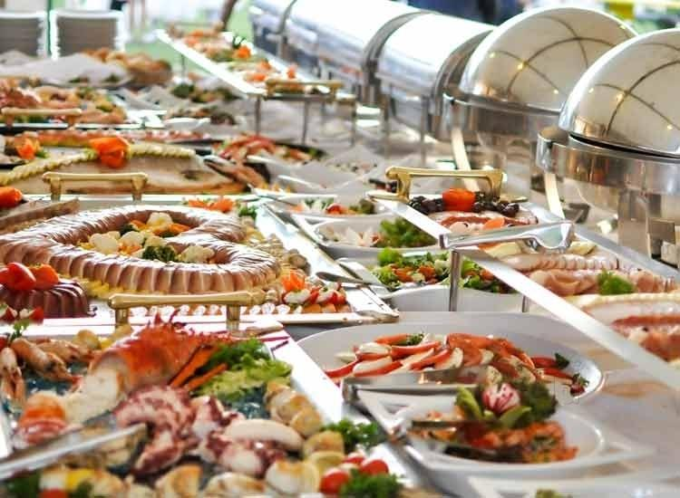 Top 6 Strategies for Selecting a Wedding Caterer