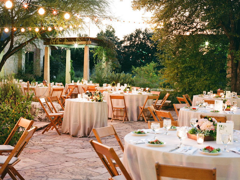 What are the different ways of saving money on a wedding catering?